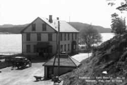 Åsheim gjestgiveri ved Storsjøen i Ytre Rendal.