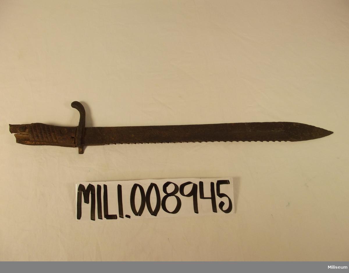 Tysk knivbajonett, hemförd från belgiskt slagfält av Löjtnant Björk.