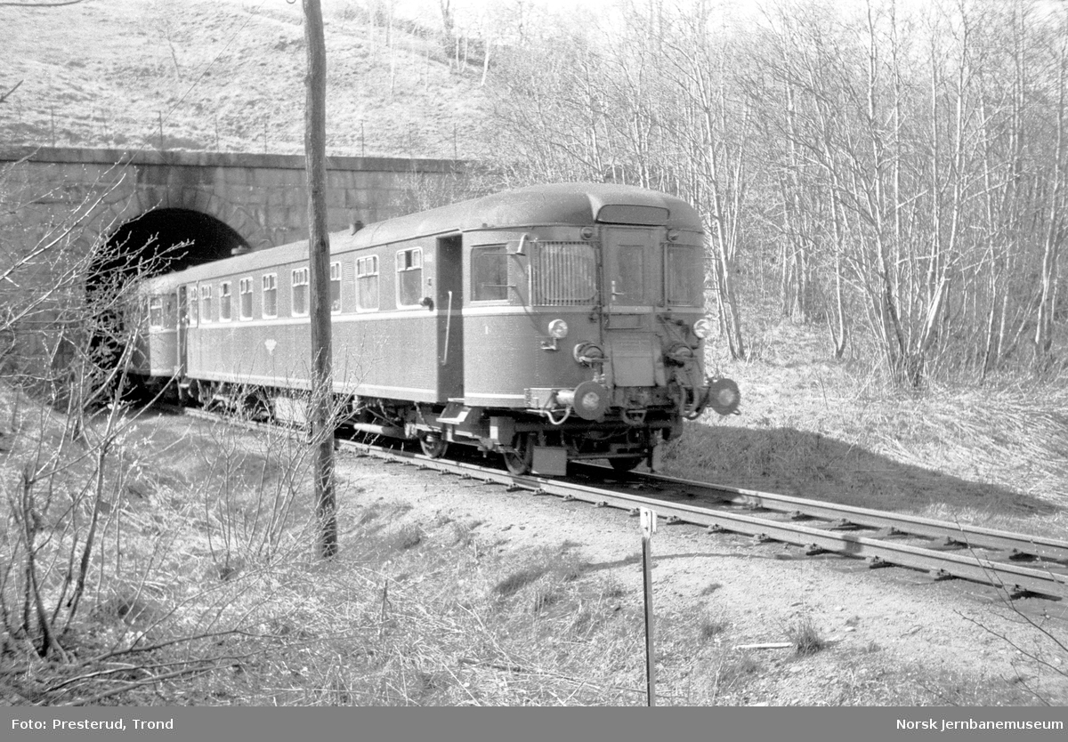 Dieselmotorvogn type 91 ved Selsbakk tunnel