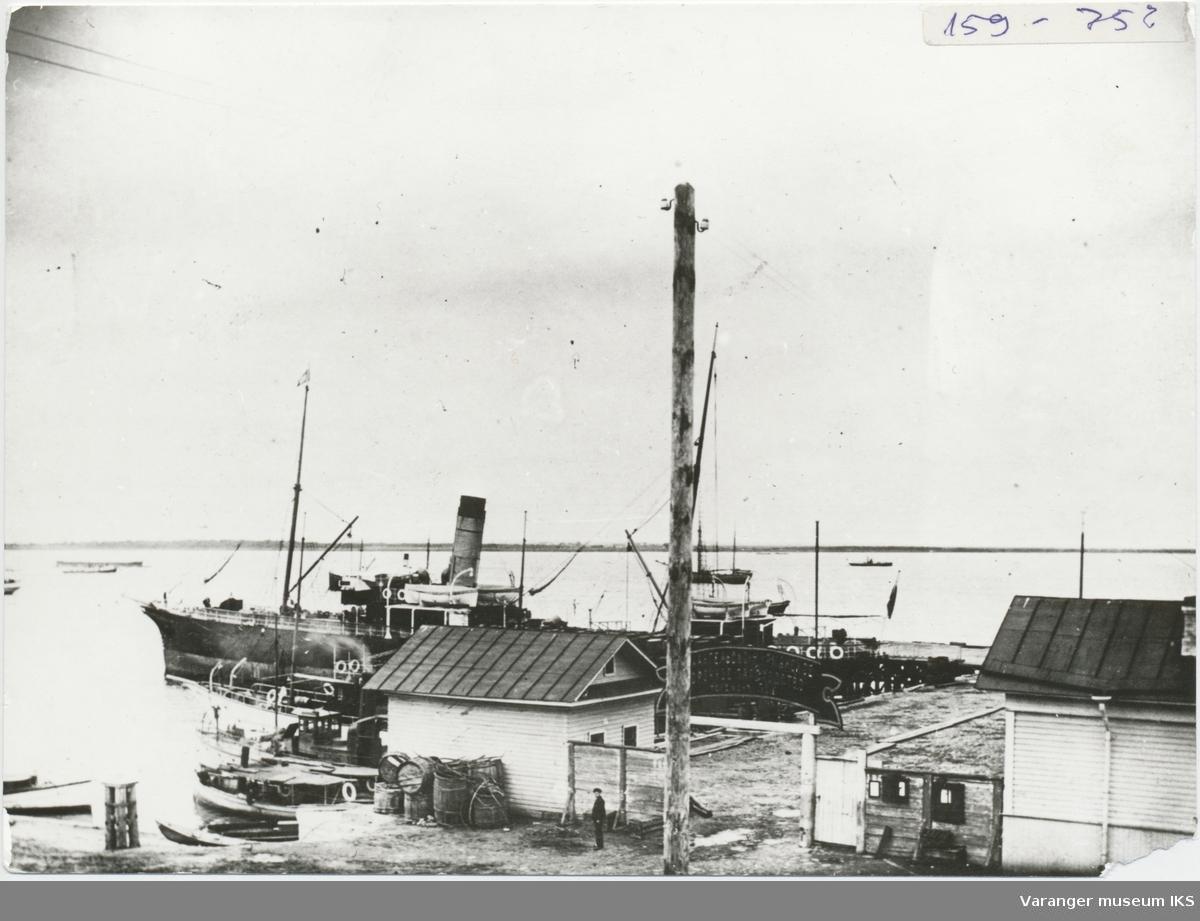 En av rutebåtene mellom Vardø og Arkhangelsk