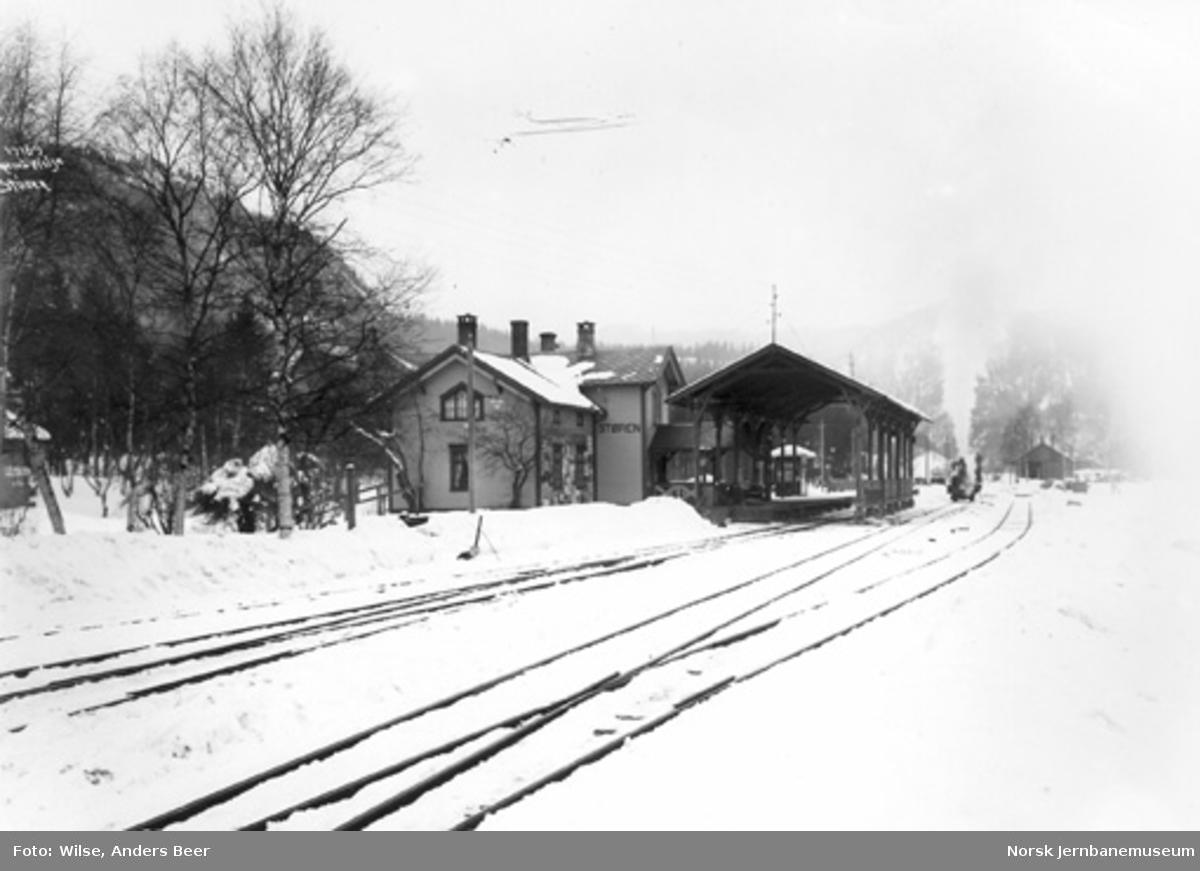 Støren stasjon med toghallen
