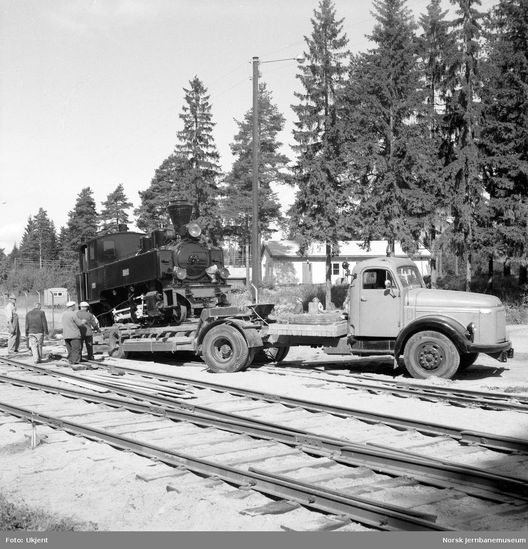 "Transport av damplokomotivet ""Prydz"" til Jernbanemuseet"