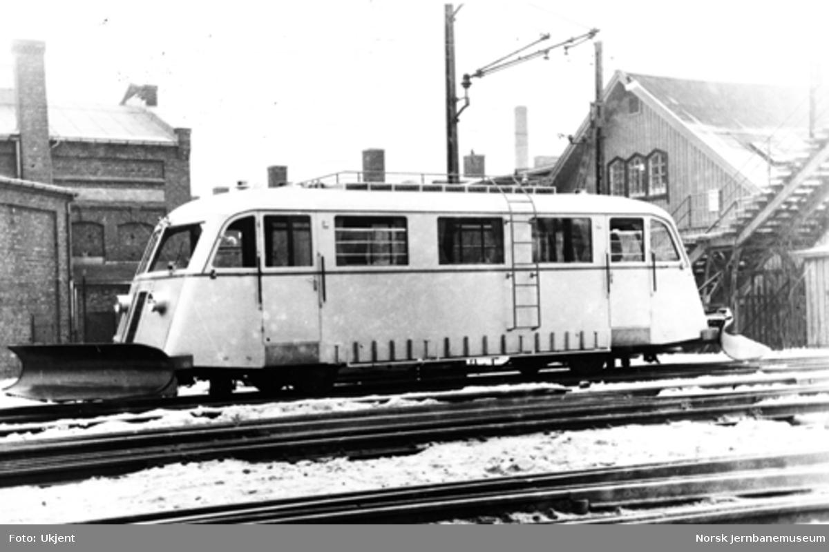Bruksbanen Askim-Solbergfoss' motorvogn som ny på Skabo