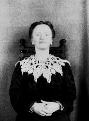 Portrett av Margrethe Q. Wiborg, Digerud, Frogn, Akershus, f
