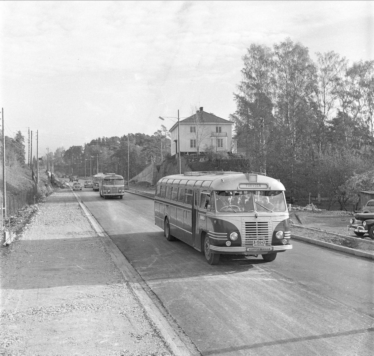 Drammensveien, antatt Akershus, 08.10.1956. Trafikk.