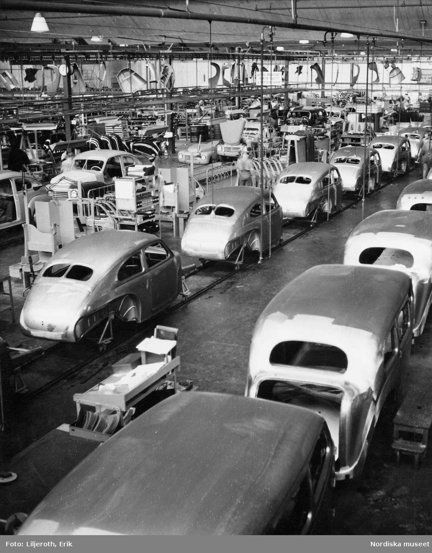 Montering av Volvo-bilar på löpande bandet