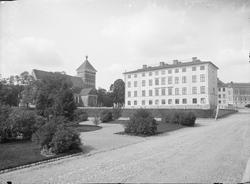 Folkskoleseminariet - Dekanhuset och Helga Trefaldighets kyr