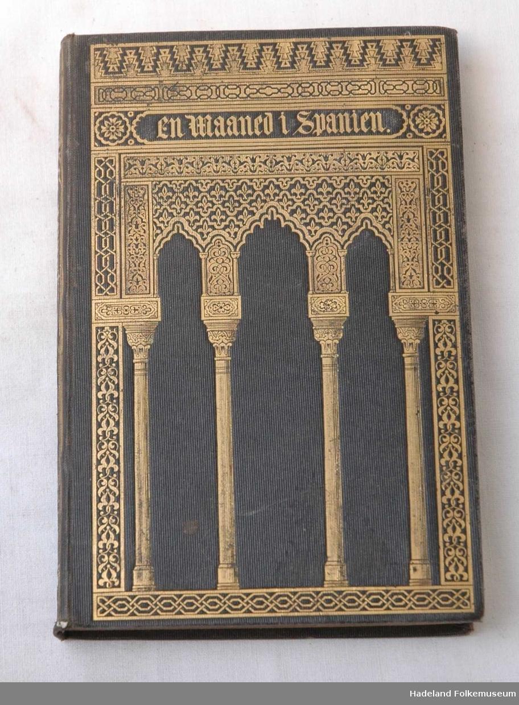 Forpermen har motiv av arabisk forsiring av maurisk opprinnelse