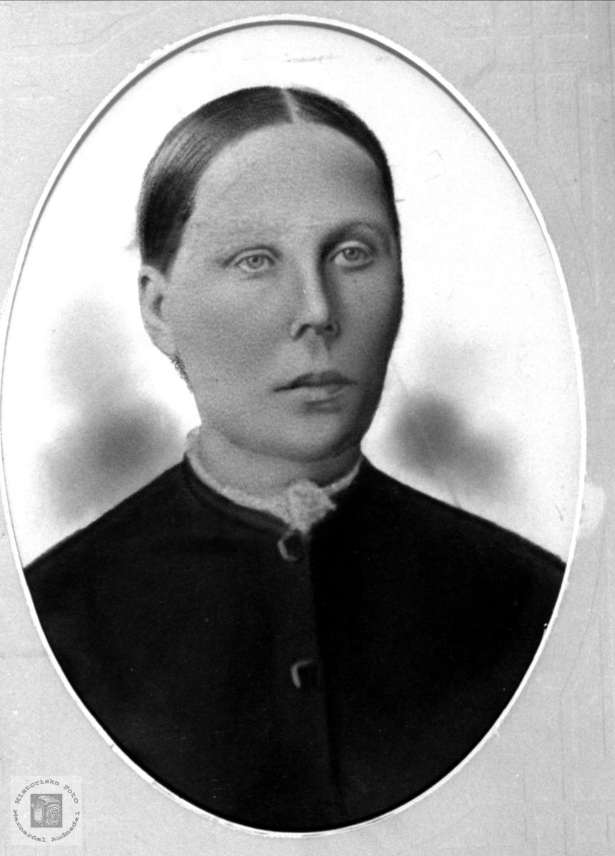 Portrett av Todne Finsdal, Øyslebø.