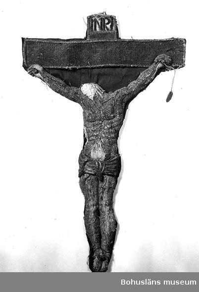 Fragment av korkåpa; krucifix från Torsby gamla kyrka, sydväst Kungälv