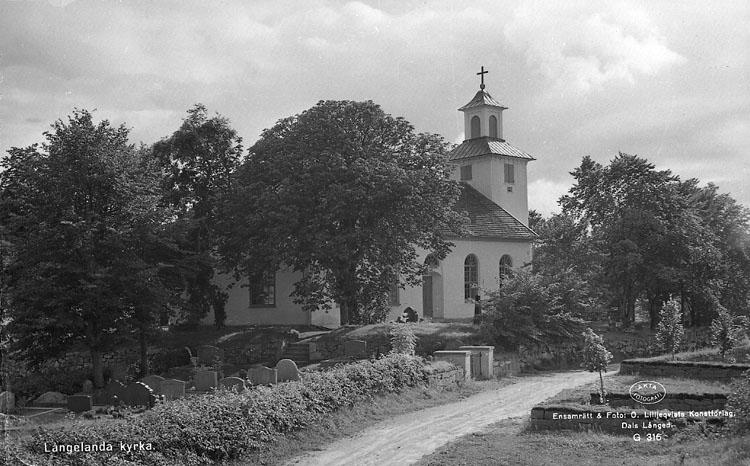 """Enligt AB Flygtrafik Bengtsfors: """"Långelanda kyrka Bohuslän""""."""