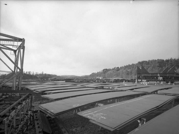 """Område mellan Sörvik och Fröland. För uppställning av plåt och fartygssektioner, även ställningsmaterial, området kallades för """"Tippen""""."""