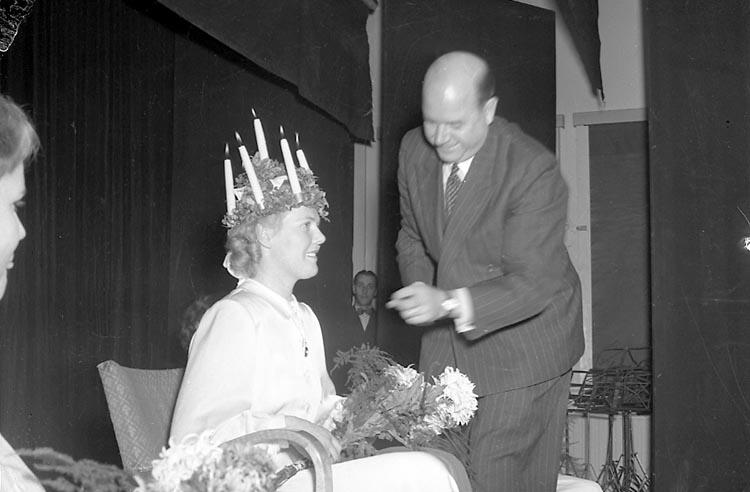 Luciafirande hos polisen i Uddevalla december 1949