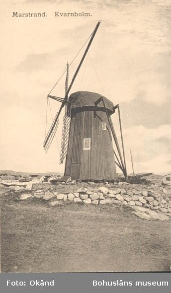 """Tryckt text på kortet: """"Marstrand. Kvarnholmen."""" ::"""