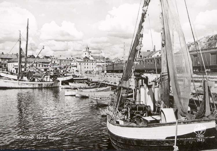 """Tryckt text på kortet: """"Strömstad. Södra Hamnen."""""""