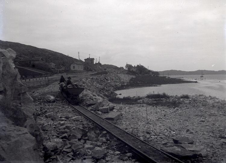"""Enligt text som medföljde bilden: """"Jernvägsbyggnad 1912/13"""". ::"""