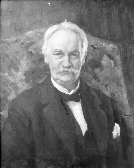 """Enligt fotografens noteringar: """"1931.115. Direktör A. Karlander. Direktör före O. Bildt Munkedals AB."""""""