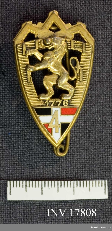 Grupp C I Märke, (Insigne) för 4. Infanteriregementet med traditionerna från 89. infanteriregementet Royal Suédois.