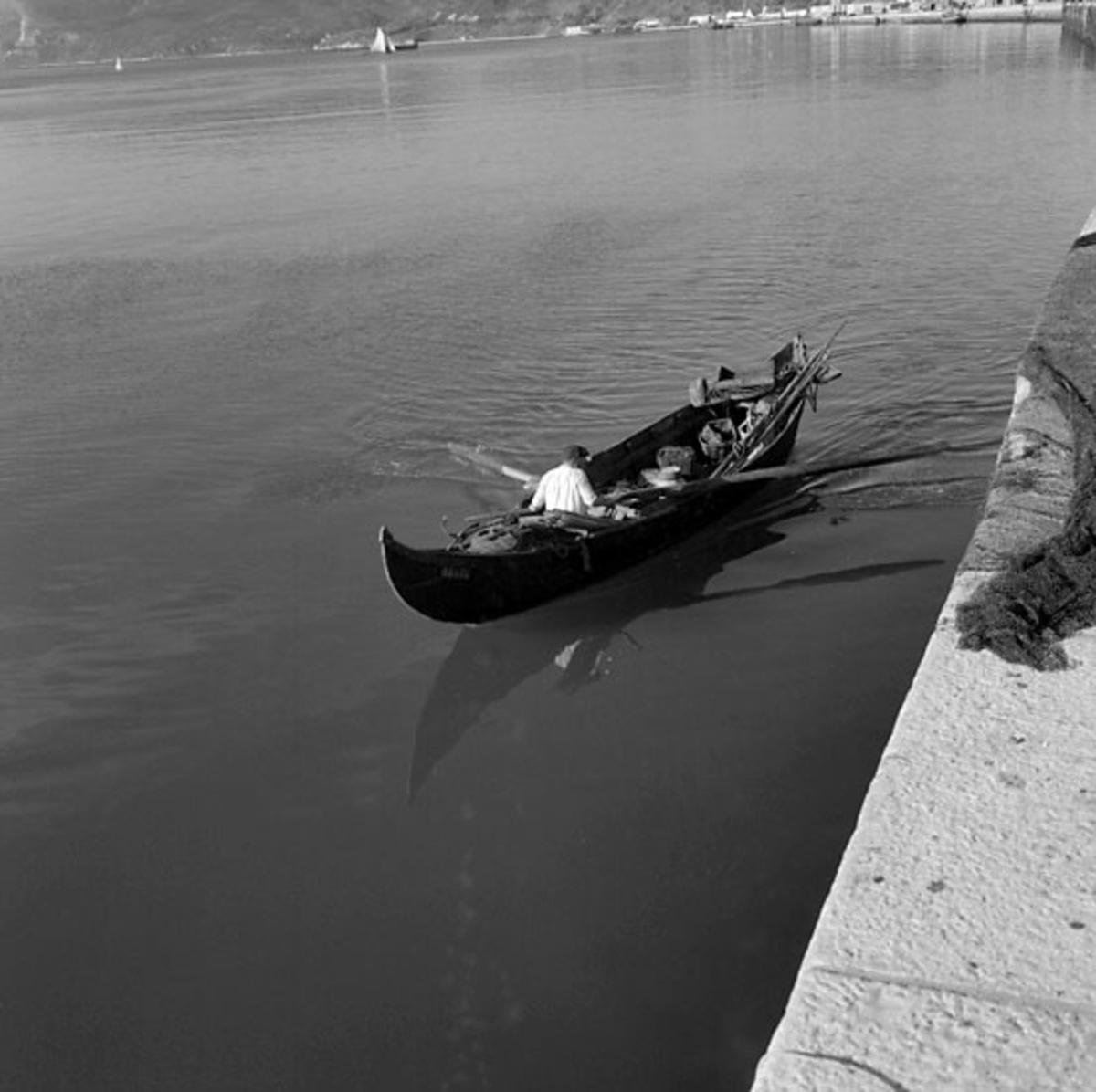 46. Portugal. Fotojournal finns på B.M.A. + fotoalbum. Samtidigt förvärv: Böcker och arkivmaterial. Foton tagna 1959-11-15. 12 Bilder i serie.
