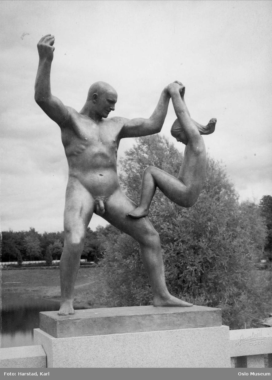 skulpturpark, skulptur: mann og jente