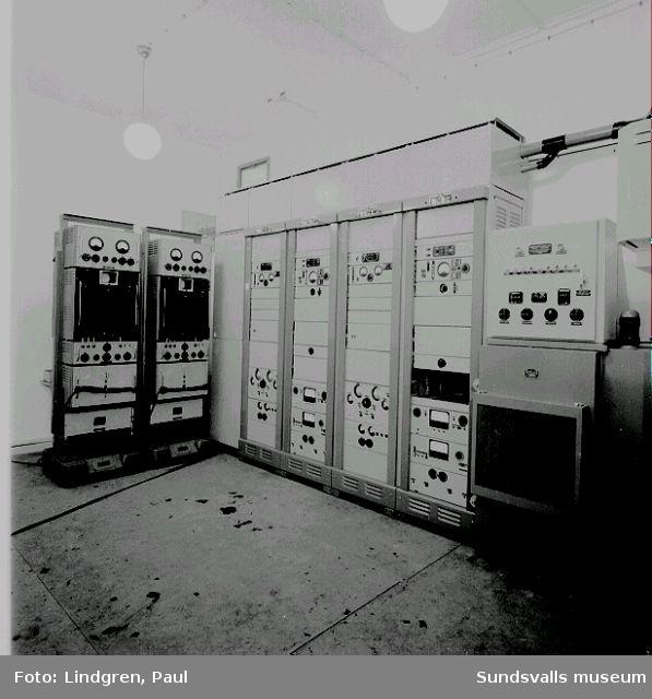Troligen kontroll eller installation av utrustning för televisering.