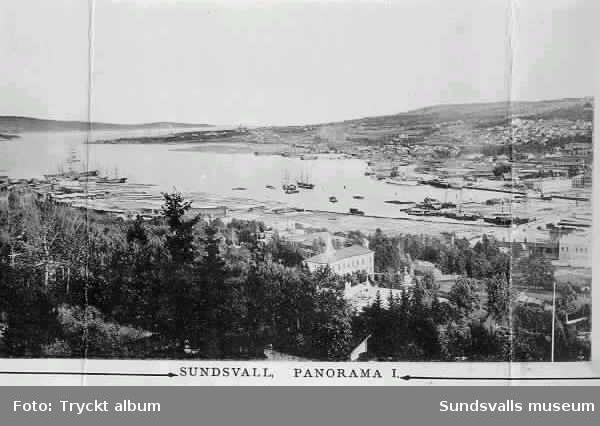 Sundsvall, panorama.  Vy från NV mot hamnen, Skönsmon och Vindskärsudde. Segelfartyg och Heffners brädgård t v.