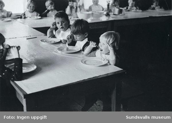 Sommargårdens barnkoloni i Stavreviken