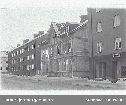 Bild 09.Trähuset från 1891.Foto inför exteriöra arbeten.