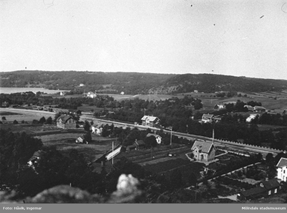 Vy över Landvetter järnvägsstation 1916.