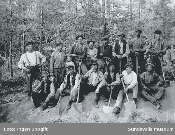 Anläggningsarbetare, möjligen AK-arbetare, 1920-talet, Tuna eller Attmar.