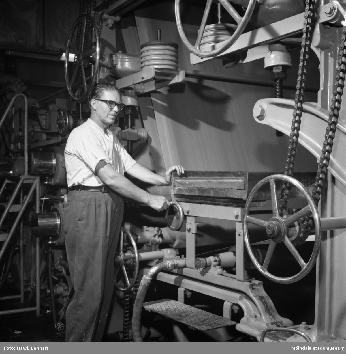 Carl Magnusson, förare av PM12 på Papyrus i Mölndal, 1/10 1959.