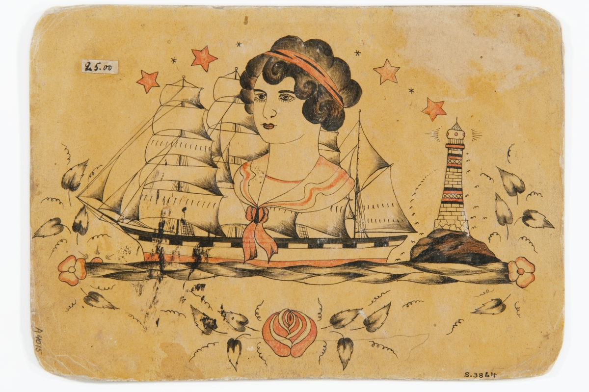 """Tatueringsförlaga. I mitten porträtt av kvinna med rött hårband. Till vänster ett seglande skepp, till höger ett fyrtorn. Överst fyra stjärnor. Underst en blomstergirland.  """"Kompositionn som brukar kallas """"Homeward bound"""". Ofta finns tre element: ett skepp, ett ankare och en kvinna. Ibland kompletteras motivet med en fyr. Ovanligt att fartyget avbildas i siluett, vanligen stävar skeppet framåt mot betraktaren. Skeppet avbildas ofta med stark vind i segeln mot den väntande fästmön, en av de kvinnoarketyper som förekommer.""""  Text från appen """"Tatuera dig med Sjöhistoriska"""" som gjordes i samband med utställningen Tro, hopp och kärlek 2012."""