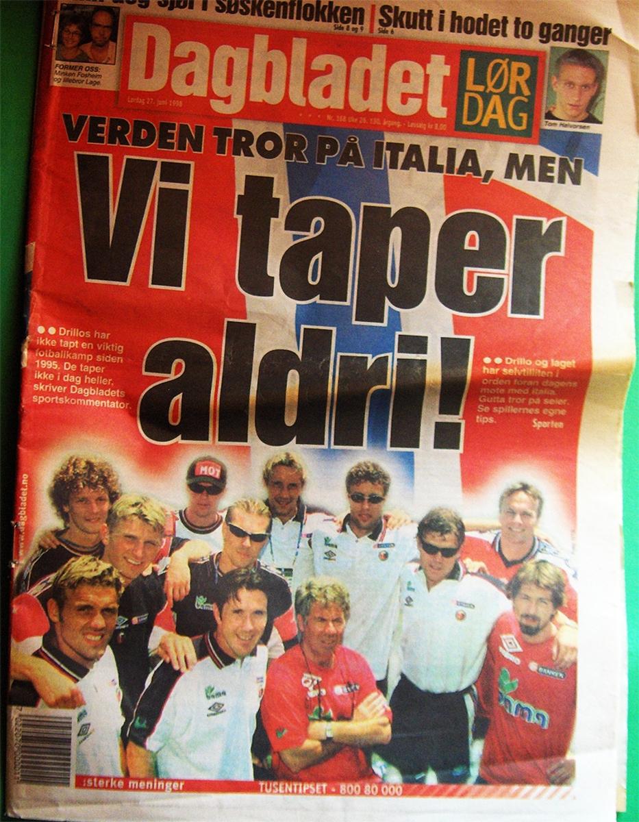 Dagbladet den dagen Norge skulle møte Italia i Fotball-VM i Frankrike etter å ha slått Brasil i gruppespillet.