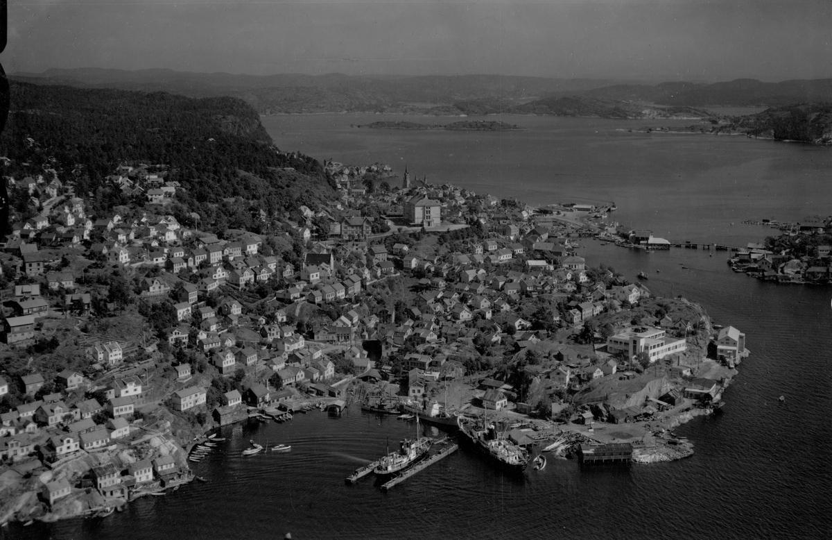 Flyfoto fra Kragerø 23/7-1951