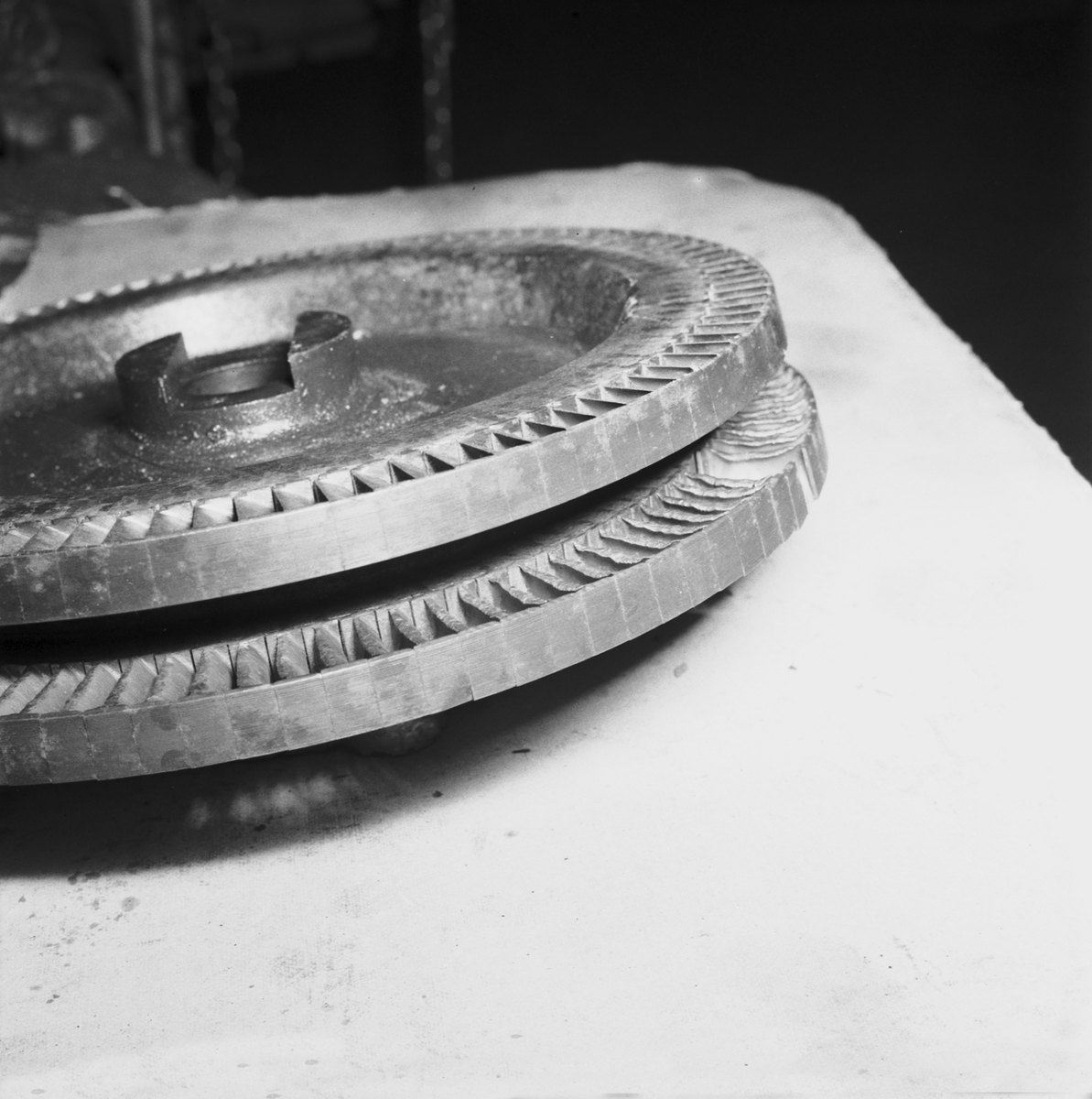 Fartyg: KARLSKRONA                     Reg. Nr.: 8, 79, F79 Rederi: Kungliga Flottan, Marinen Byggår: 1940 Varv: Örlogsvarvet, Karlskrona Övrigt: turbinhjul