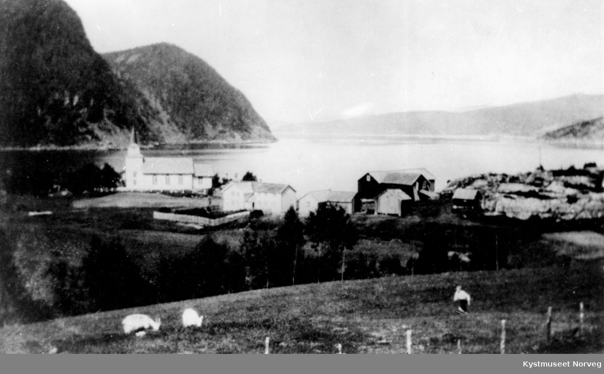 Østre Bogen med Opløyfjorden Kapell