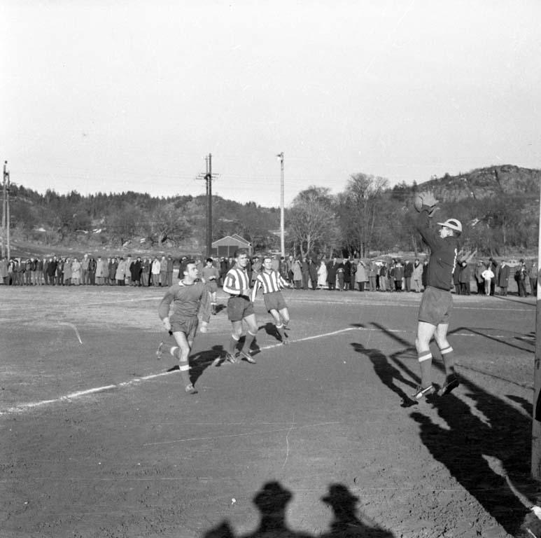 """Enligt notering: """"I.F.K. Göteborg - Oddevold 19/3 -60""""."""