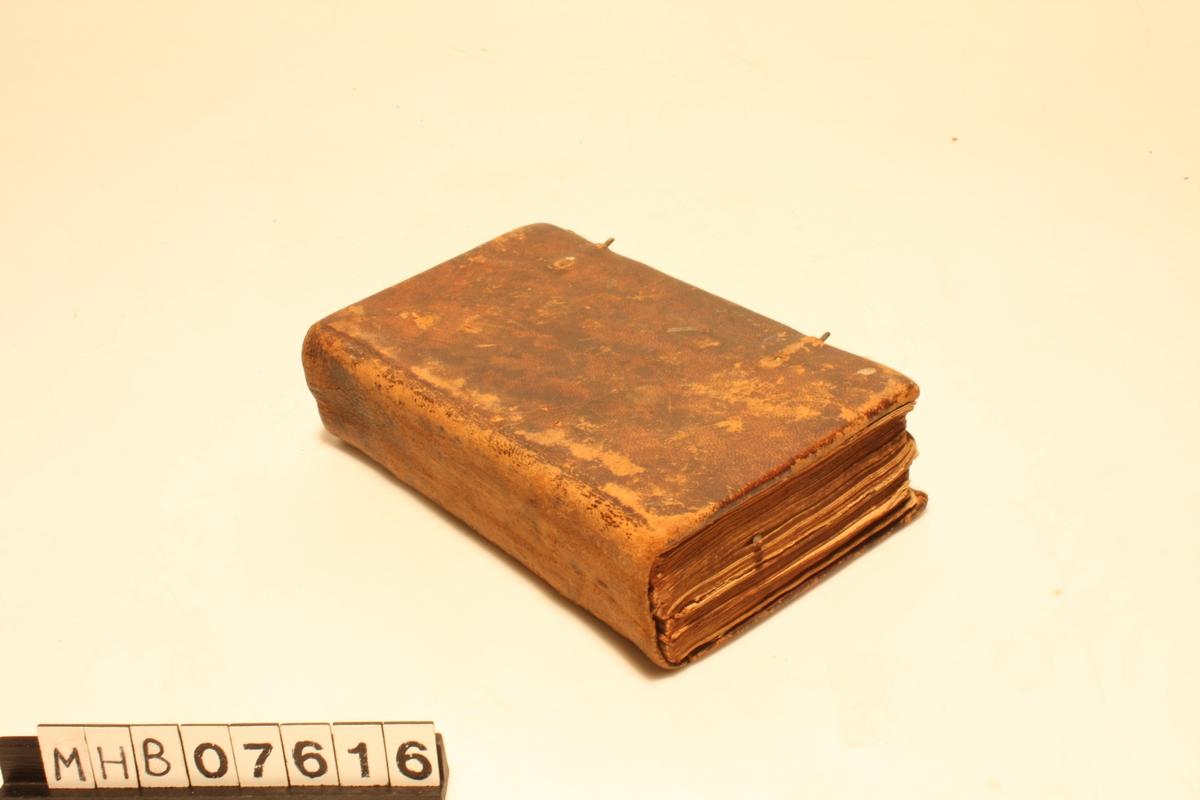 191 s. Vanlig skrift.