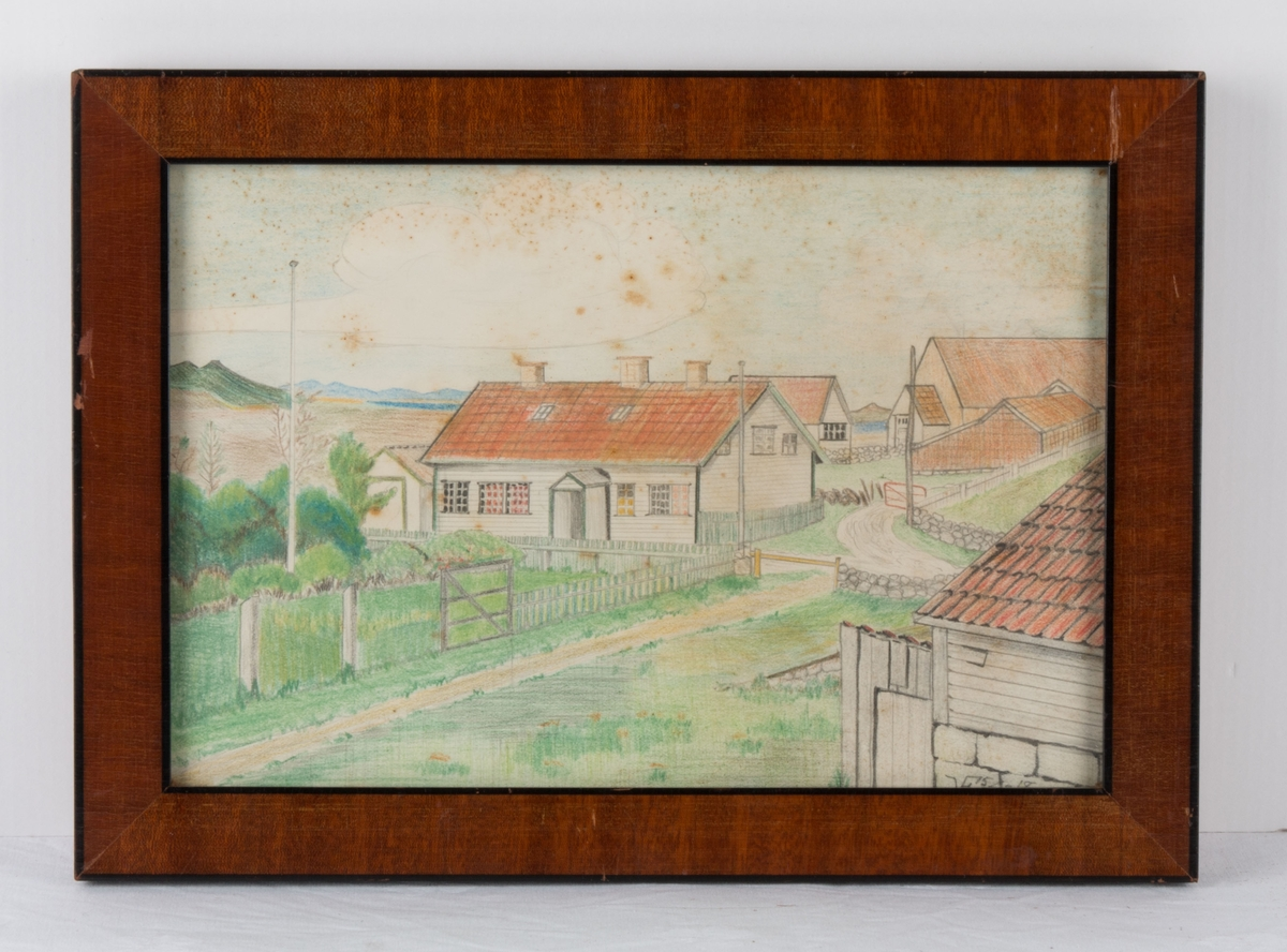 """Samme motiv som ST-K.B.00484, som heter """"Sommer. Udsigt fra Norvinduet i Olaf Horpestads hus. Aaare Juli 1918""""  Fra familien Berentsens sommersted på Orre, Jæren. """"Vesterlid"""" ble kjøpt i 1902 av Erik, Olga og Karoline Berentsen."""