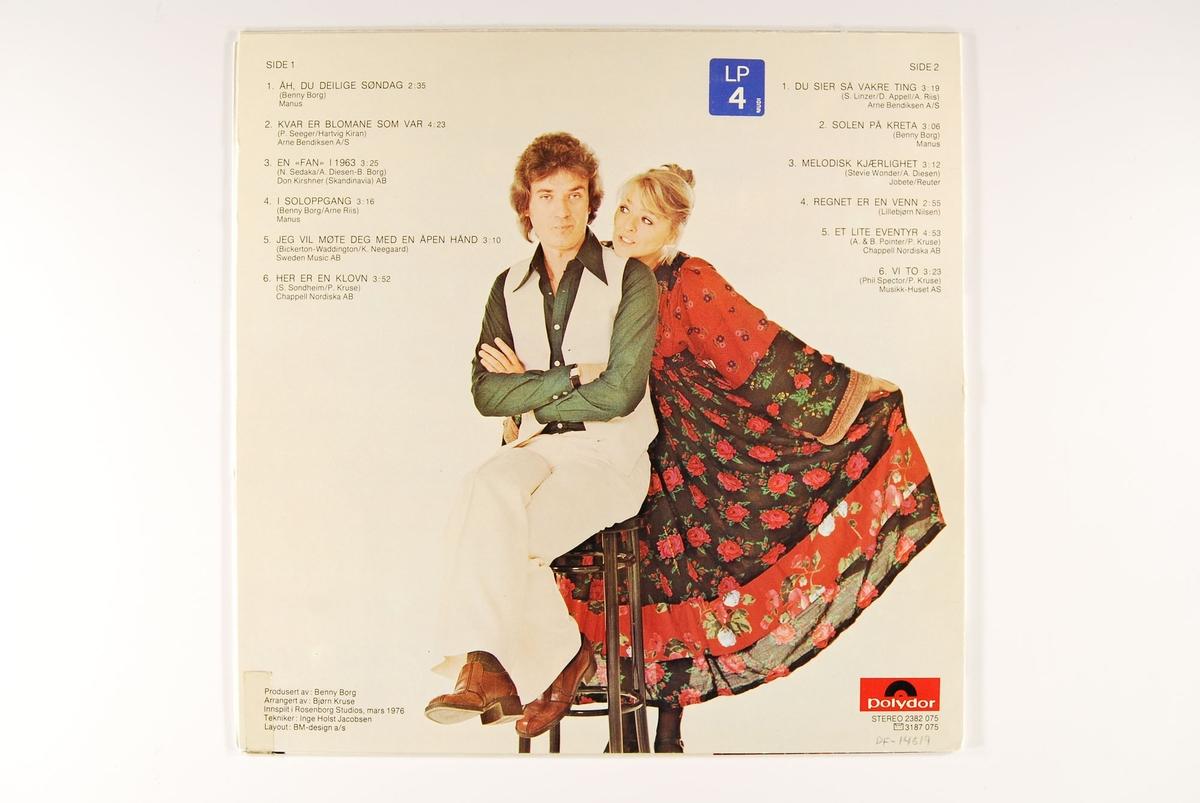 Bilde av Benny Borg og Kirsti Sparboe på frem- og bakside.