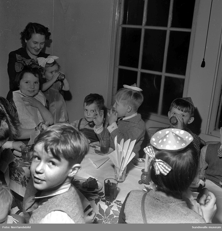 Konsums barnfest i Skönsberg 1951.