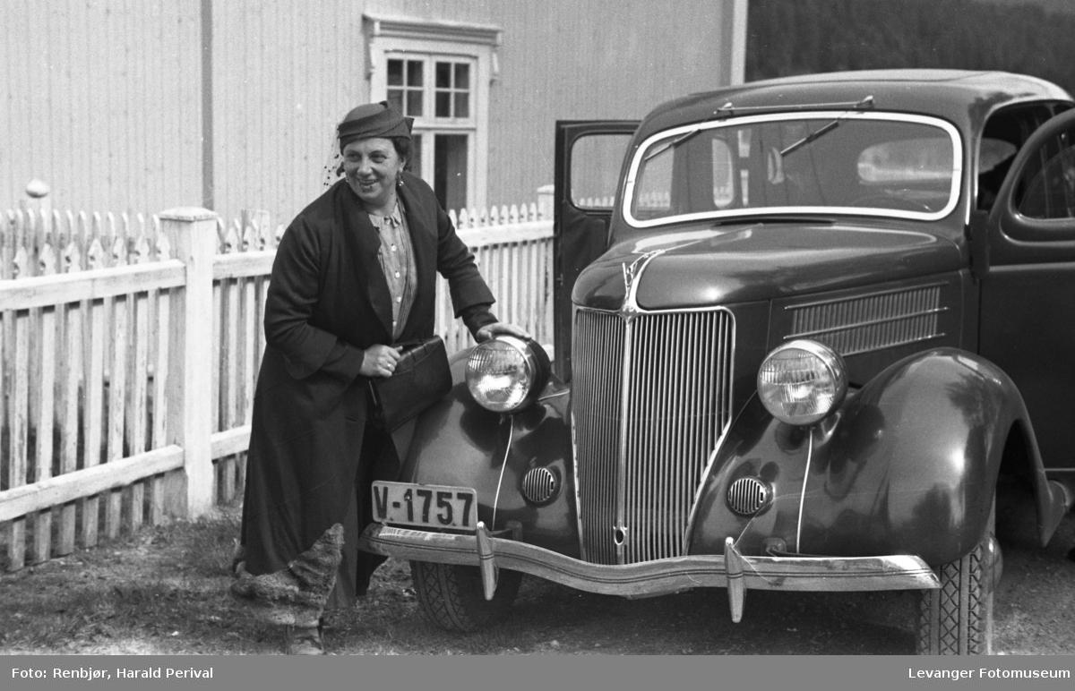 Magnhild Renbjør  fra turen til Oslo over Røros i 1936.