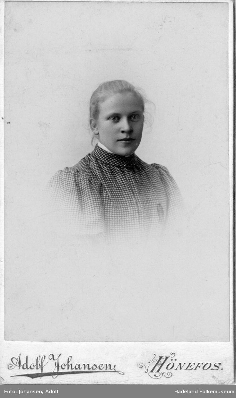 Brystbilde av Ingeborg Jørgensen