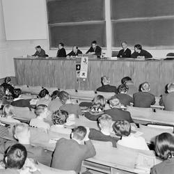 """""""Debatt om välfärdssamhället avslutade SSUH kurs"""", Uppsala,"""