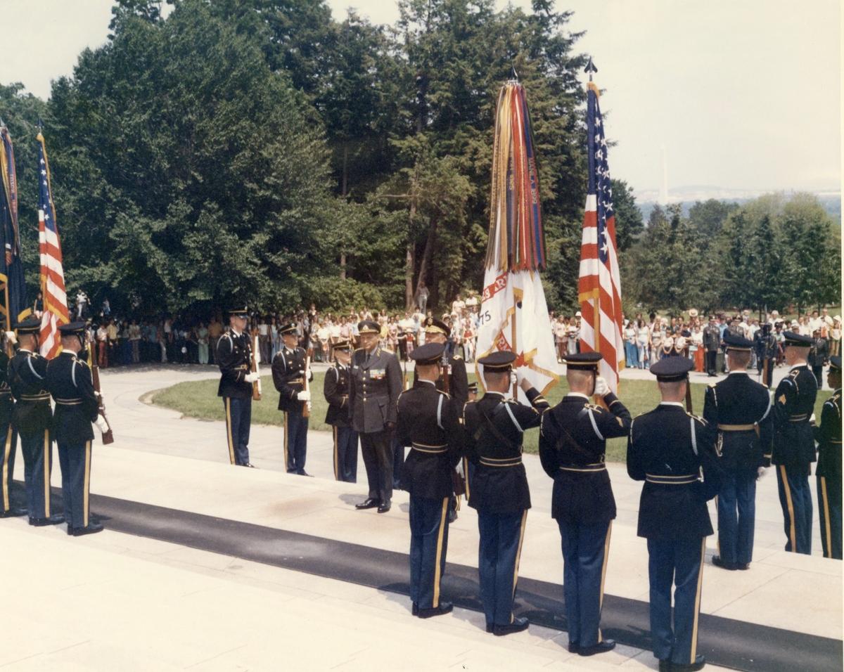 Utrikestjänst, CA besök i USA. Ceremoni med C-E Almgren.