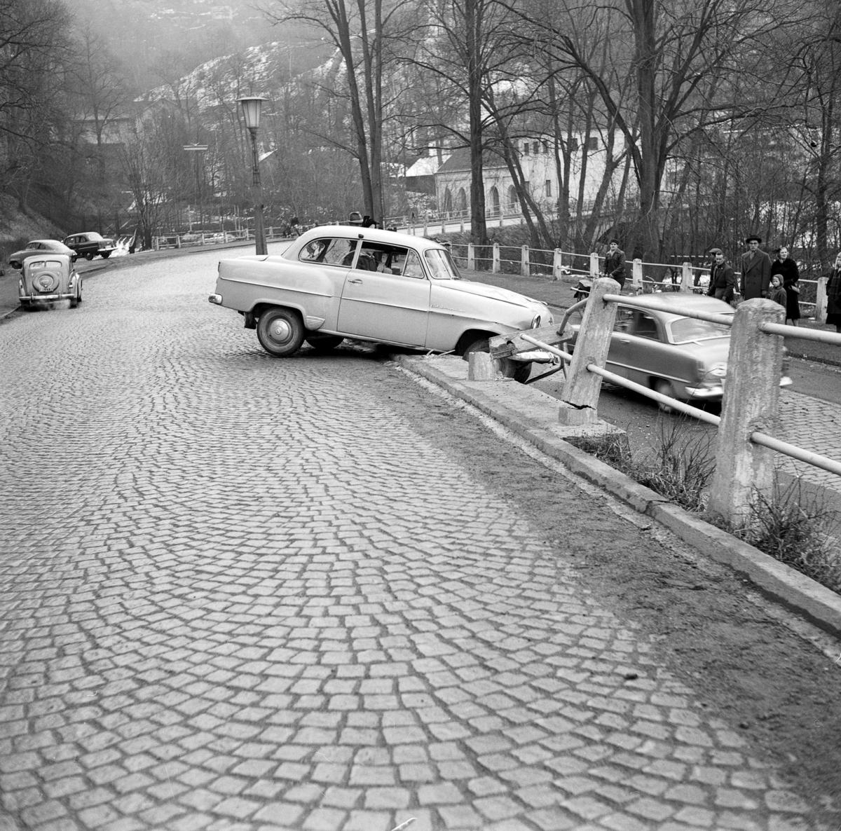 Bilolycka på Jönköpingsvägen i Huskvarna.