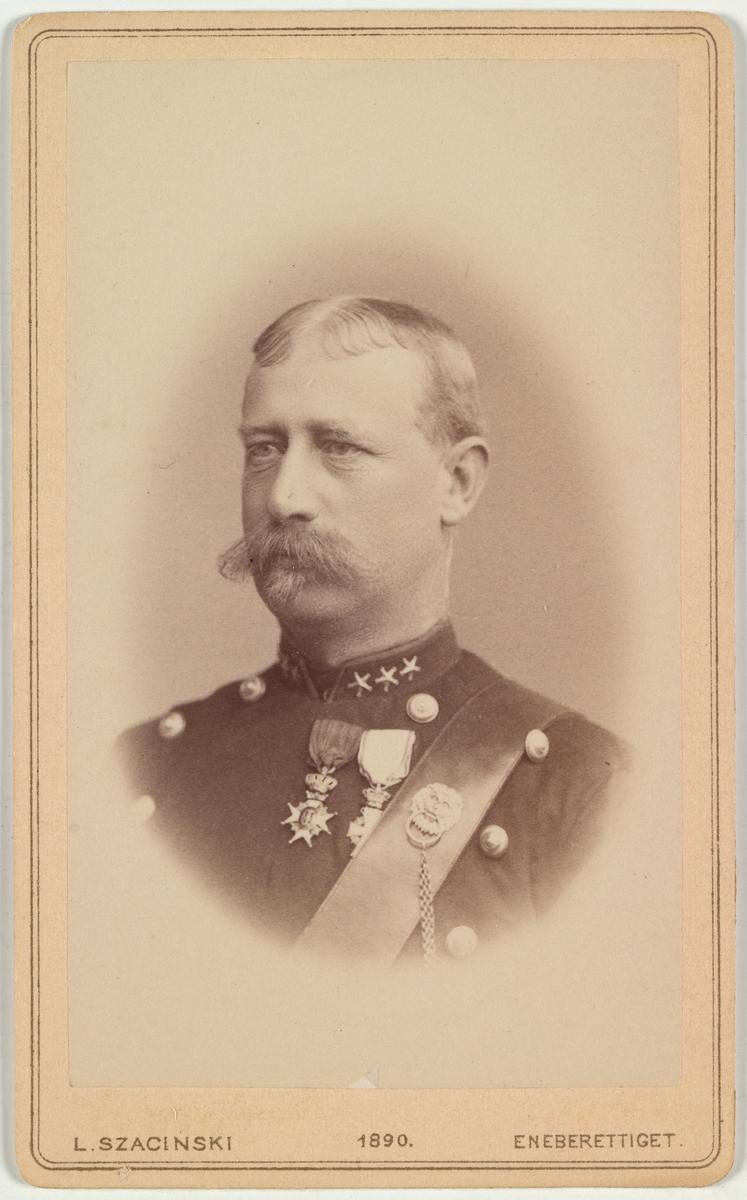 Portrett av oberst Albert Maurer.