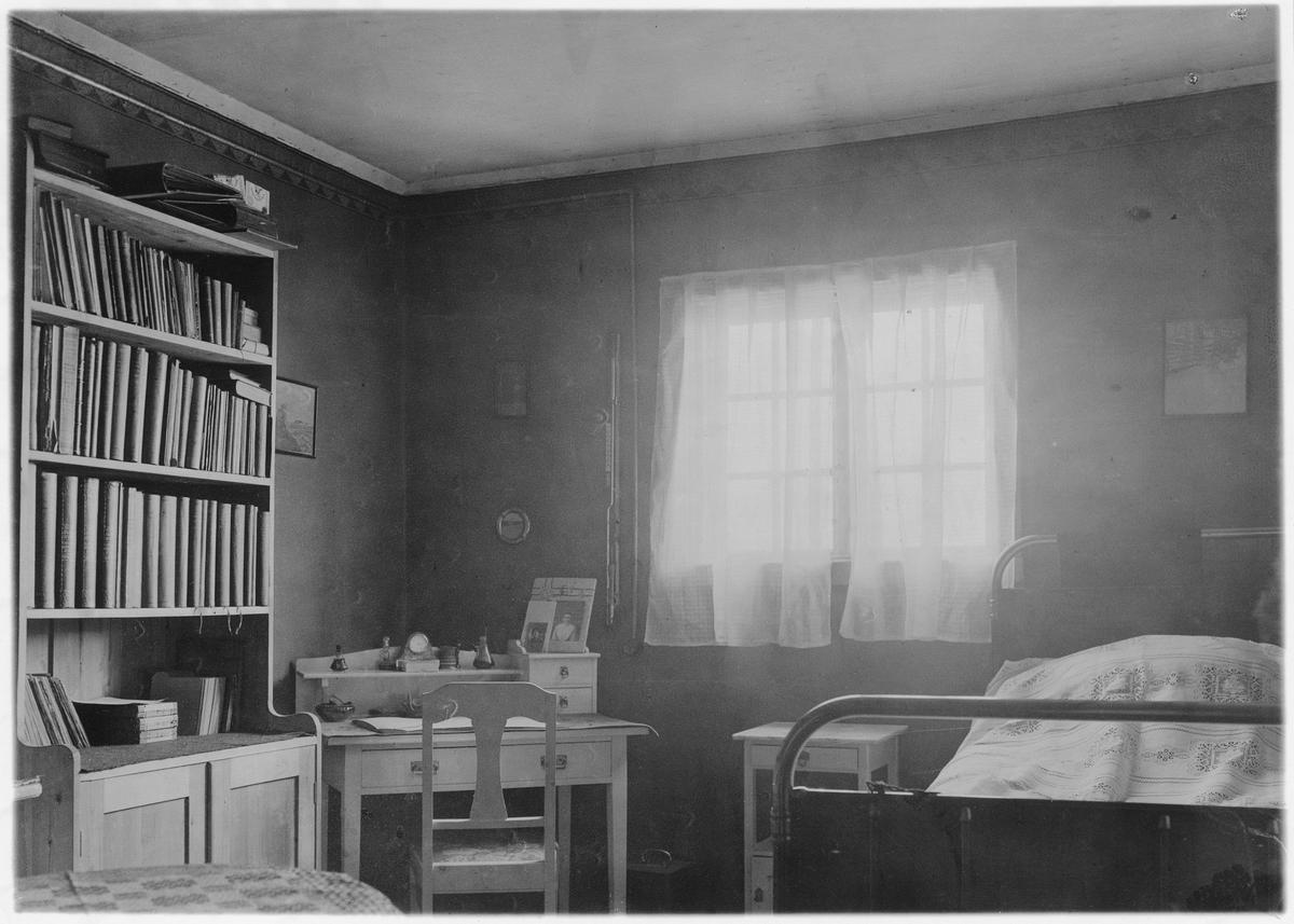 Sveagruvan på Spetsbergen. Läkarbostaden 1917-1918.