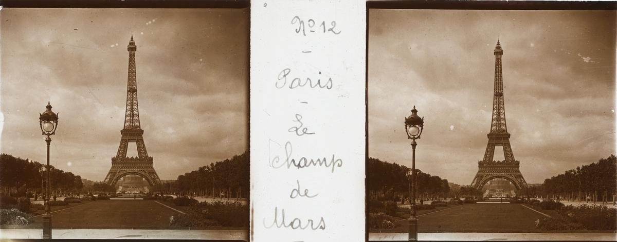 Sterobild av glas, Eiffeltornet.