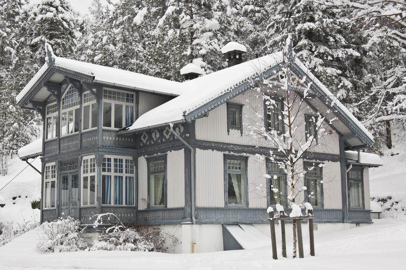 """Hovedbygningen på """"Uranienborg""""."""